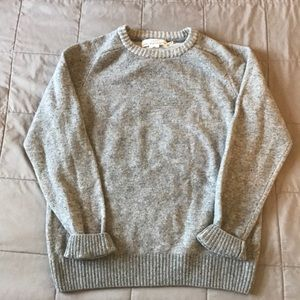 Sweater, wool blend. From H&M never worn.